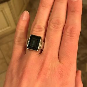 Ring CAroline Néron